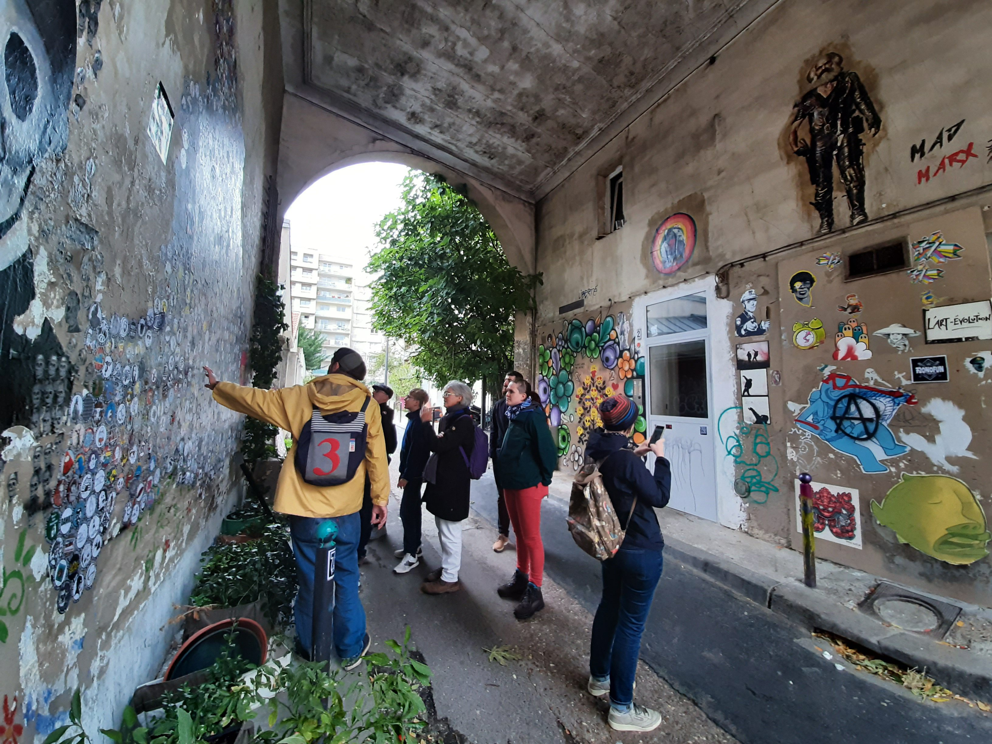 Where to find street art in Paris?