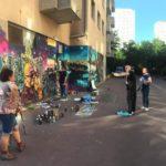 Une fresque collective pour soutenir la liberté de création