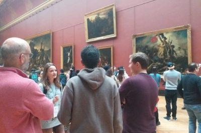 Louvre vs Street Art